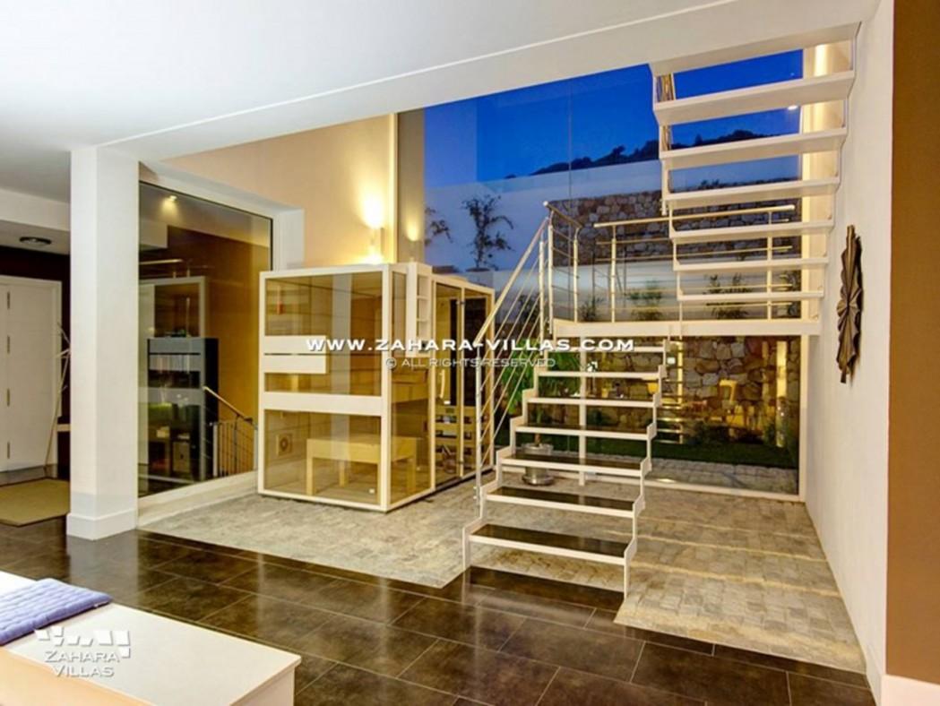 Amaranta - escalera con sauna