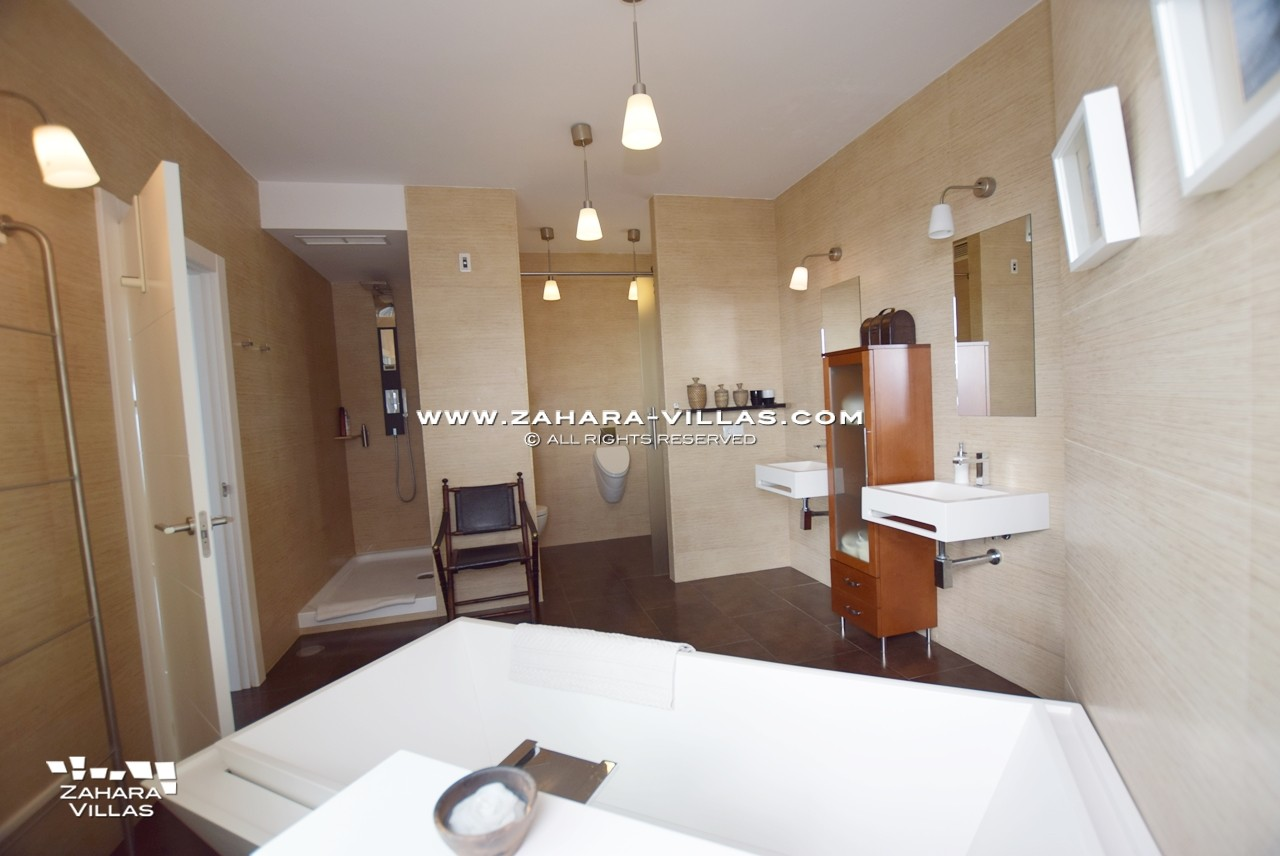 Amaranta - Baño Dormitorio Principal