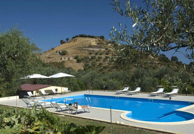 Ferienwohnung La Collina degli Ulivi - Casa Ulivi 1 (2127480), Patti, Messina, Sizilien, Italien, Bild 5