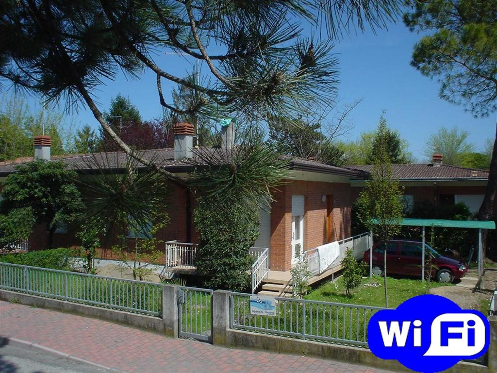 HOLIDAY 5 for 7 guests in Bibione, Italien