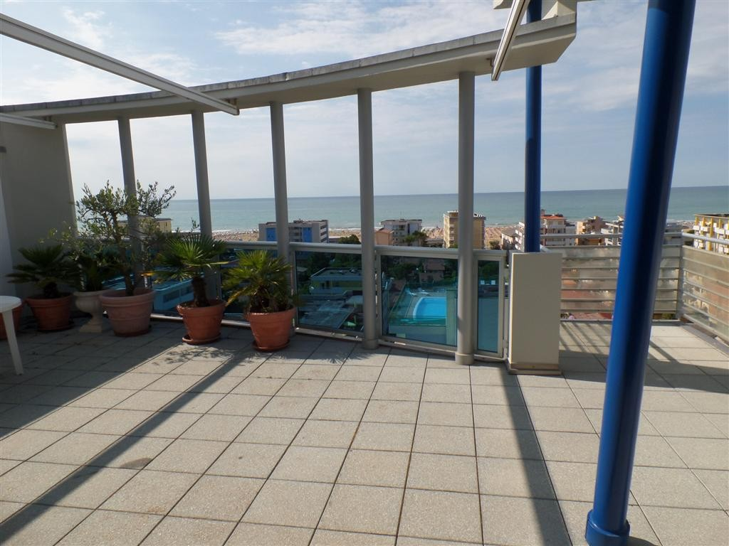 TORRE DEL SOLE for 8 guests in Bibione, Italy