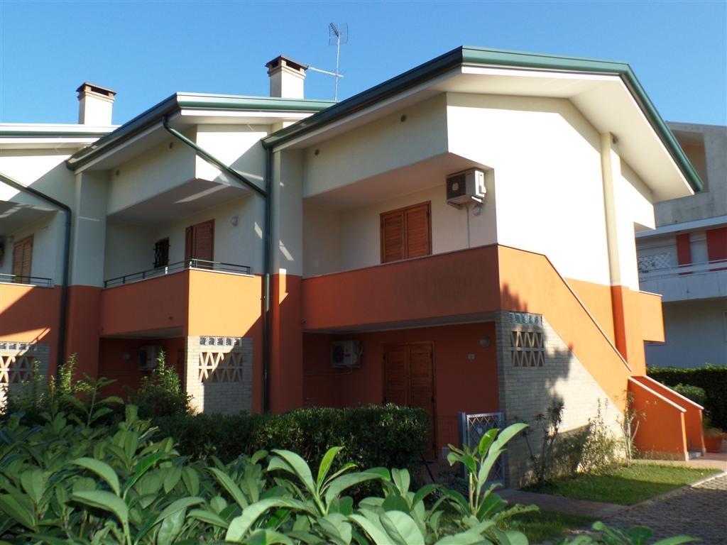 SERENELLA PT for 4 guests in Bibione, Italien