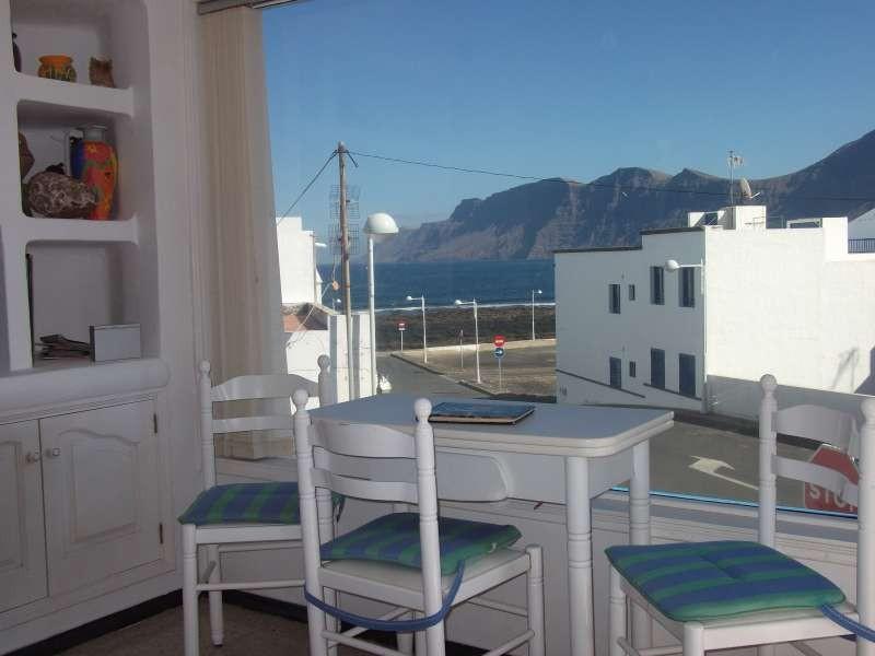 Apartment in Famara Lanzarote 101692