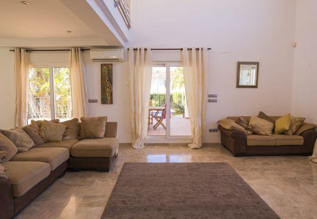 071 Villa Alqueries  in Spanien