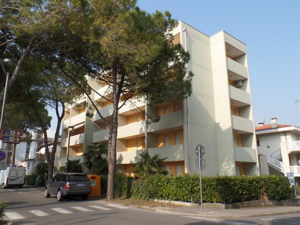 Apartment- CINZIA C