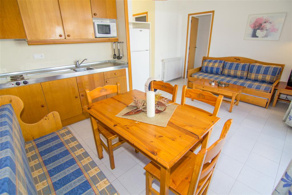 Rescator Resort 115 for 4 guests in Roses, Spanien