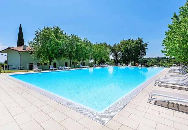 Ferienwohnung Villaggio Paolette 2/1 (2068622), Padenghe sul Garda, Gardasee, Lombardei, Italien, Bild 2