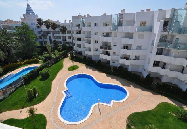 Wohnung mit Pool in Roses zu vermieten RMARIN2 240