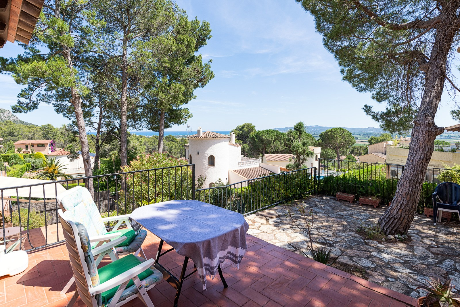 TORRE VELLA 156 for 4 guests in L Estartit, Spanien