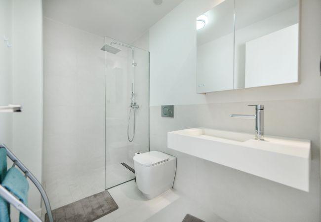 Appartement de vacances Geräumige 3-Zimmer-Wohnung mit Solarium, WIFI, A/C, Pool, Orihuela Costa, Bennecke Angel (1998327), Cabo Roig, Costa Blanca, Valence, Espagne, image 20