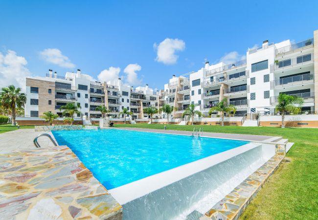 Appartement de vacances Geräumige 3-Zimmer-Wohnung mit Solarium, WIFI, A/C, Pool, Orihuela Costa, Bennecke Angel (1998327), Cabo Roig, Costa Blanca, Valence, Espagne, image 1