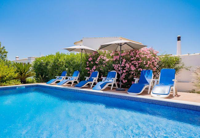 Ferienhaus Villa with free Wi-Fi | A/C | private pool | garden [RLUZ20] (2534662), Luz, , Algarve, Portugal, Bild 9