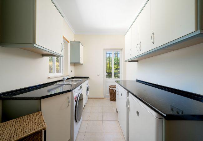 Ferienhaus Villa with free Wi-Fi | A/C | private pool | garden [RLUZ20] (2534662), Luz, , Algarve, Portugal, Bild 18