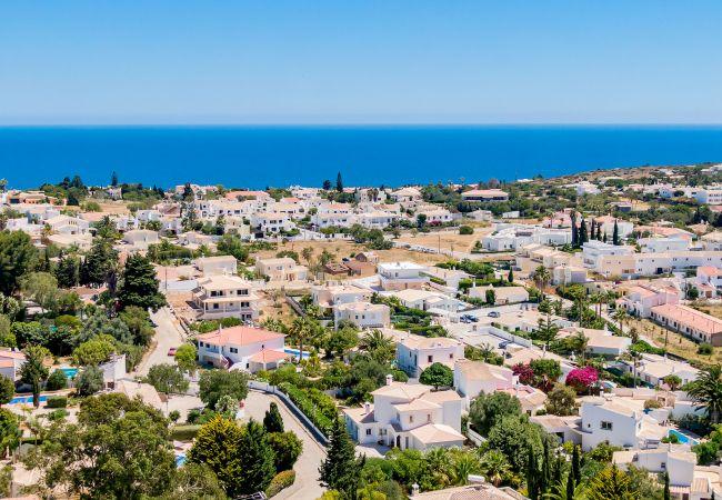 Ferienhaus Villa with free Wi-Fi | A/C | private pool | garden [RLUZ20] (2534662), Luz, , Algarve, Portugal, Bild 4