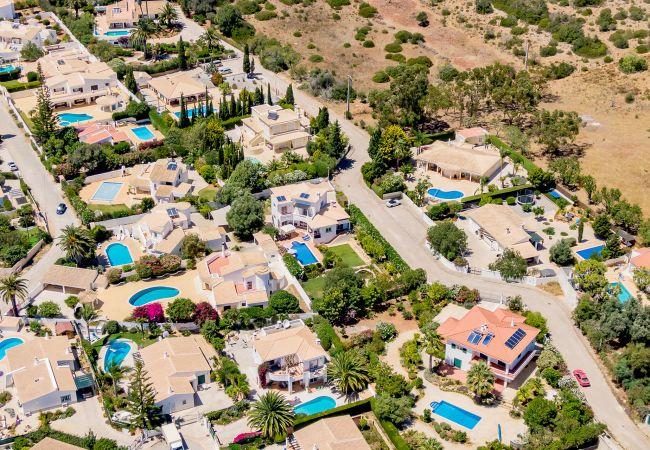 Ferienhaus Villa with free Wi-Fi | A/C | private pool | garden [RLUZ20] (2534662), Luz, , Algarve, Portugal, Bild 26