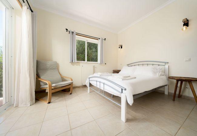 Ferienhaus Villa with free Wi-Fi | A/C | private pool | garden [RLUZ20] (2534662), Luz, , Algarve, Portugal, Bild 28