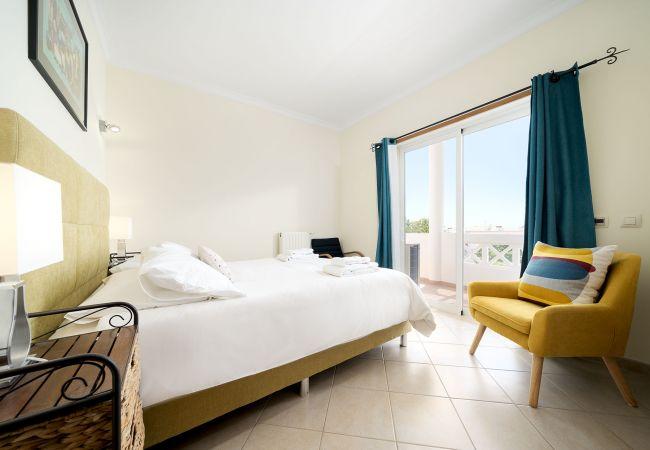 Ferienhaus Villa with free Wi-Fi | A/C | private pool | garden [RLUZ20] (2534662), Luz, , Algarve, Portugal, Bild 30