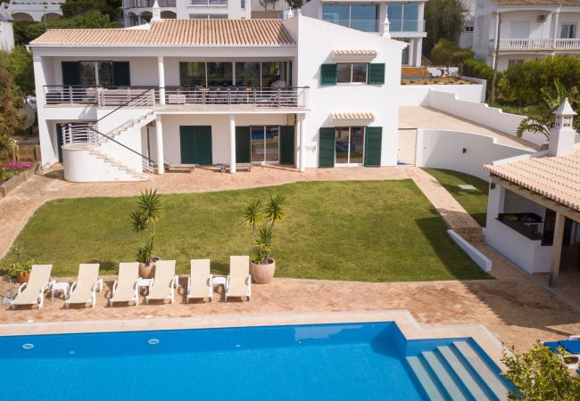 Ferienhaus Villa with free Wi-Fi | A/C | private heated pool | garden | near beach and town | sea vie (2182952), Luz, , Algarve, Portugal, Bild 19
