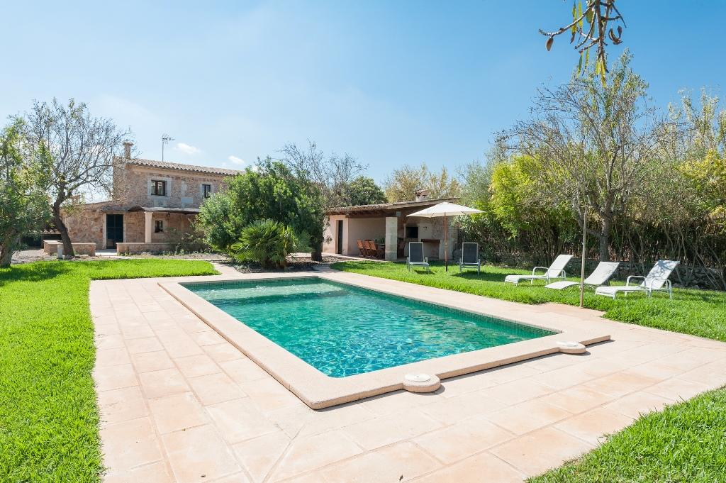 POU VELL for 6 guests in Buger, Spanien
