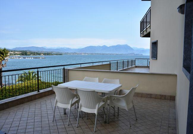 11 - Lucilla   Gardasee - Lago di Garda