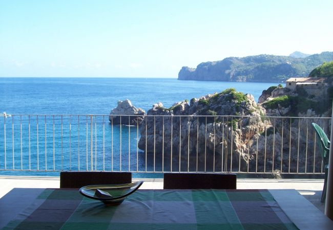 Esplendida Villa enfrente del mar en Cala Deia