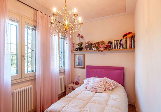 Ferienhaus Villa Luisa (2068698), Padenghe sul Garda, Gardasee, Lombardei, Italien, Bild 16