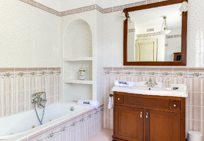 Ferienhaus Villa de charme face au Golfe de Calvi (2194889), Lumio, Nordkorsika, Korsika, Frankreich, Bild 30
