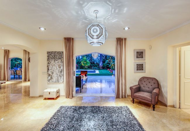 Ferienhaus Upscale villa w/ private pool & amazing location! (2236314), Marbella, Costa del Sol, Andalusien, Spanien, Bild 7