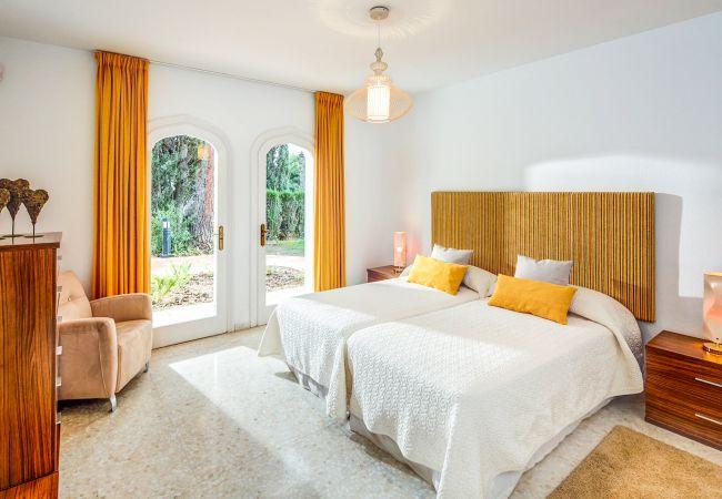 Ferienhaus Upscale villa w/ private pool & amazing location! (2236314), Marbella, Costa del Sol, Andalusien, Spanien, Bild 17