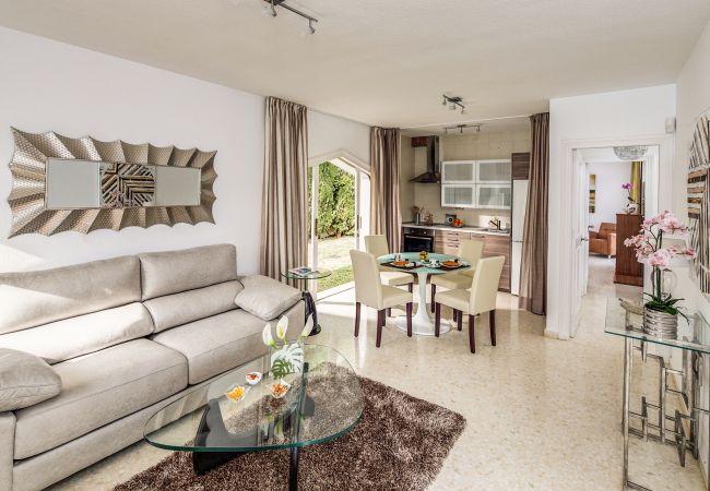 Ferienhaus Upscale villa w/ private pool & amazing location! (2236314), Marbella, Costa del Sol, Andalusien, Spanien, Bild 12
