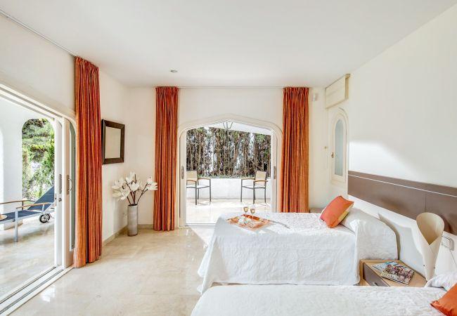 Ferienhaus Upscale villa w/ private pool & amazing location! (2236314), Marbella, Costa del Sol, Andalusien, Spanien, Bild 23