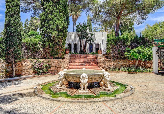 Ferienhaus Upscale villa w/ private pool & amazing location! (2236314), Marbella, Costa del Sol, Andalusien, Spanien, Bild 28