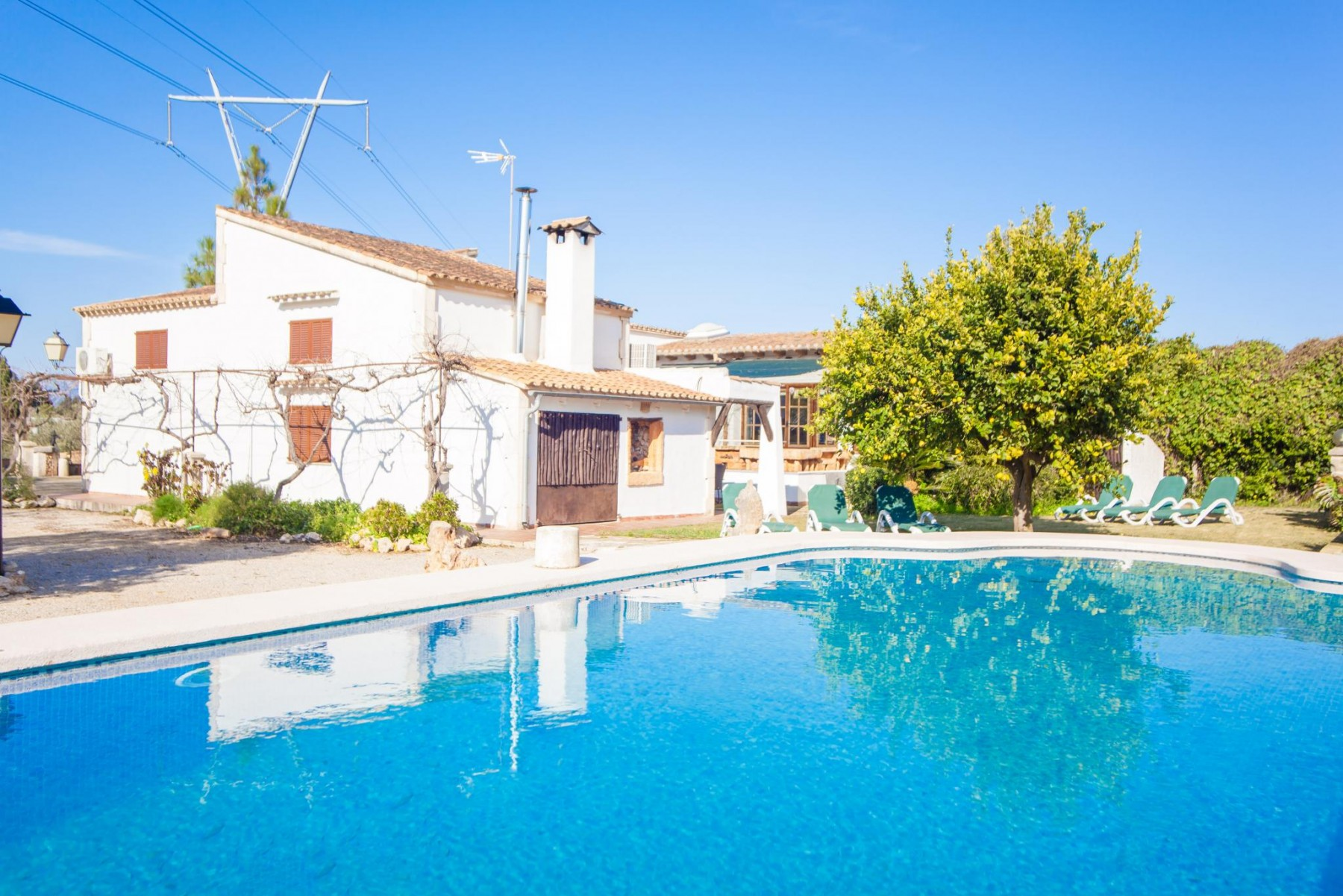 ES MOIA for 6 guests in Muro, Spain