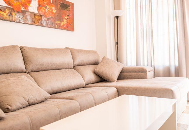 Ferienwohnung Cubo's Apartamento 7 Concha del Mar Fuengirola (2334714), Fuengirola, Costa del Sol, Andalusien, Spanien, Bild 2