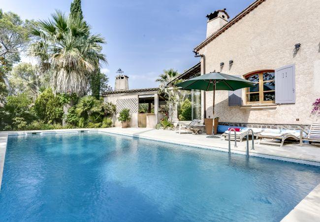Ferienhaus Ravissante villa provençale avec piscine à Saint-R (2195157), Saint Raphaël, Côte d'Azur, Provence - Alpen - Côte d'Azur, Frankreich, Bild 2