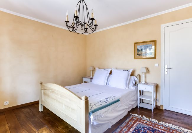 Ferienhaus Ravissante villa provençale avec piscine à Saint-R (2195157), Saint Raphaël, Côte d'Azur, Provence - Alpen - Côte d'Azur, Frankreich, Bild 18