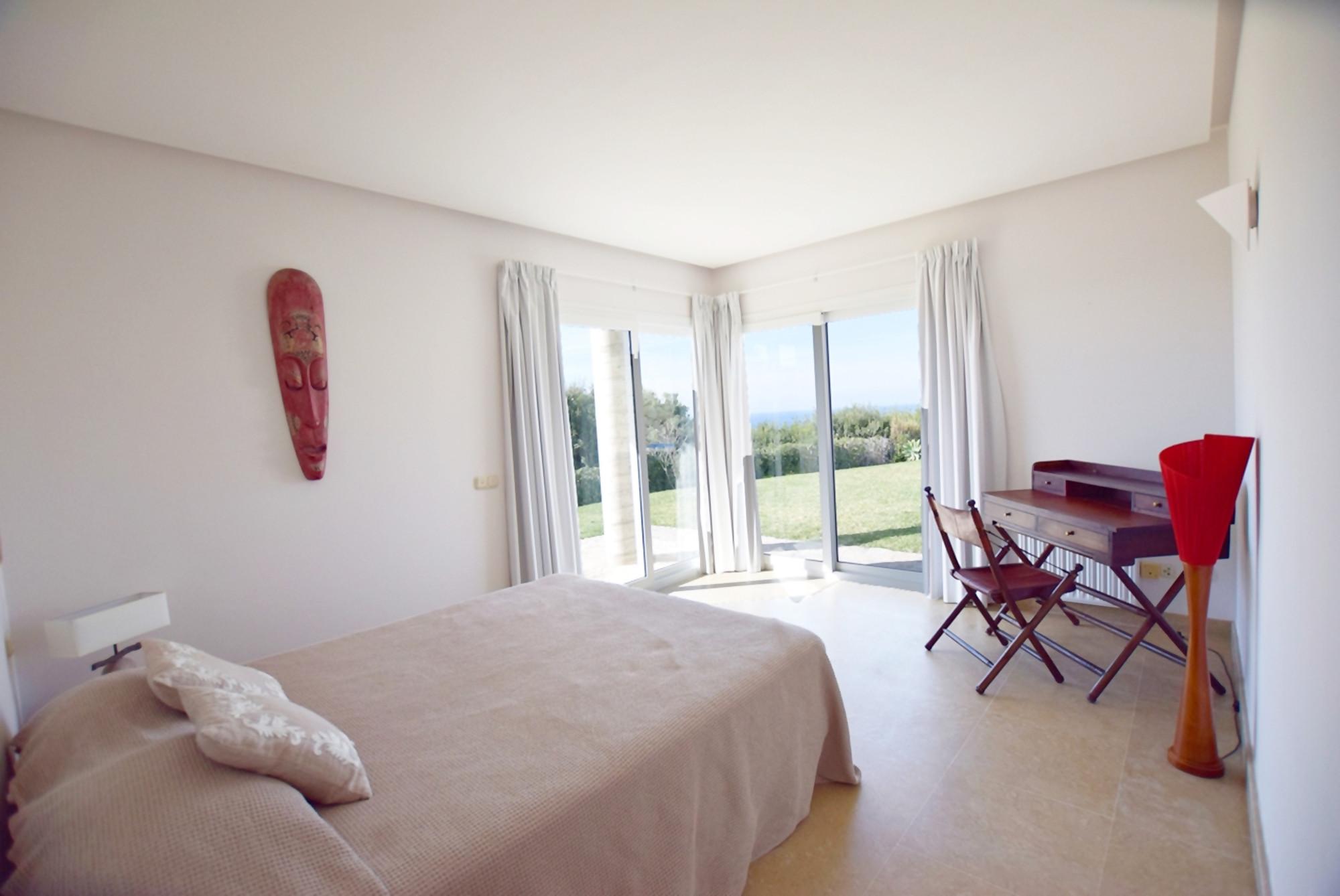 Barbaria - Dormitorio 6