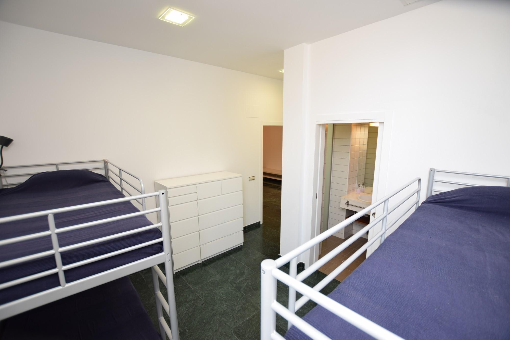 Atlántico IV - Dormitorio 6 con baño en Suite