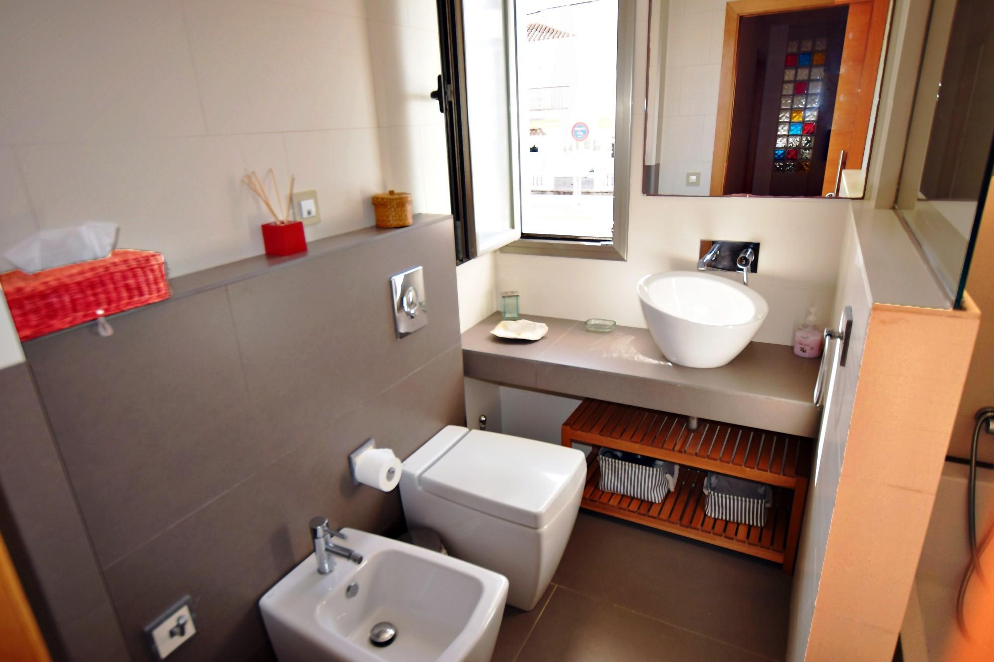 Aires de Zahara - Baño Dormitorio 1 y 2