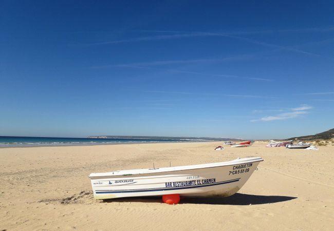 Aires de Zahara - playa zahara barquita
