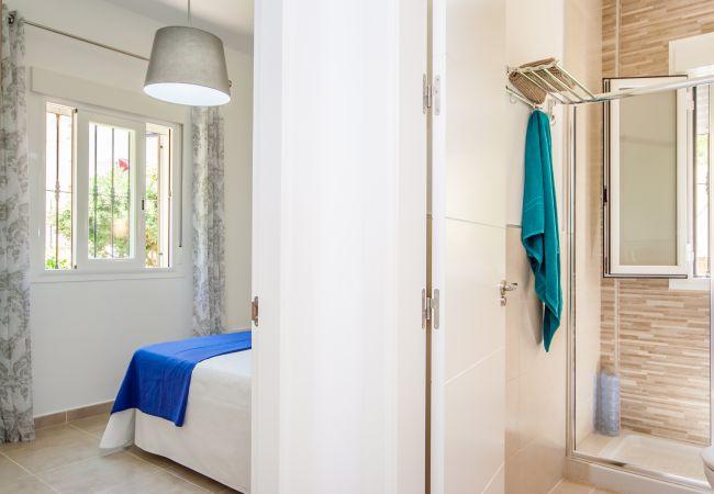 Ferienwohnung Cubo's Apartamento Versalles BD Fuengirola (2334740), Fuengirola, Costa del Sol, Andalusien, Spanien, Bild 12