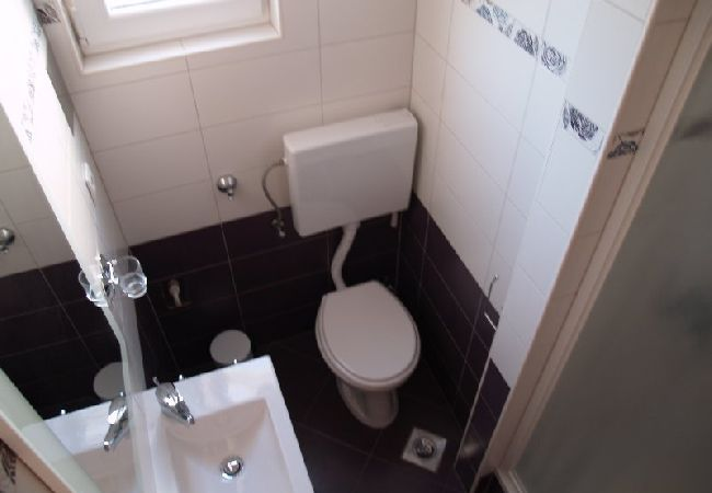 Holiday apartment 700-1 für 3 Pers. in Preko (2317468), Preko, Island of Ugljan, Dalmatia, Croatia, picture 13