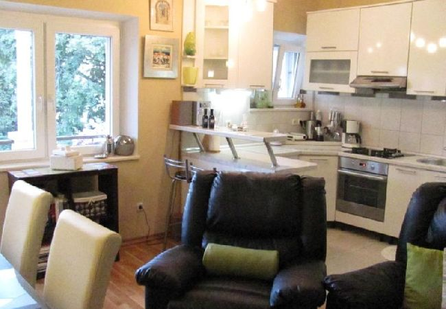 Holiday apartment 3555-1 für 3+1 Pers. in Korcula (2317727), Korčula, Island of Korcula, Dalmatia, Croatia, picture 10