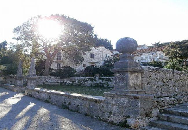 Holiday apartment 3555-1 für 3+1 Pers. in Korcula (2317727), Korčula, Island of Korcula, Dalmatia, Croatia, picture 8