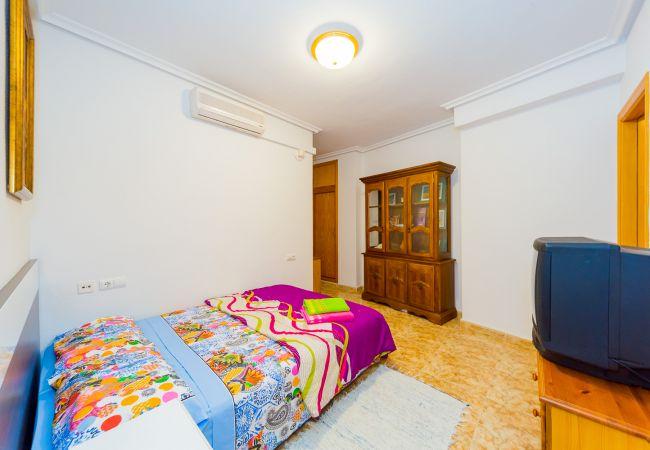 Ferienwohnung ID110 (2351047), Torrevieja, Costa Blanca, Valencia, Spanien, Bild 10