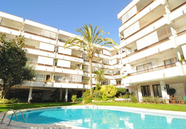 HomeHolidaysRentals Canet Playa l-Costa Barcelo