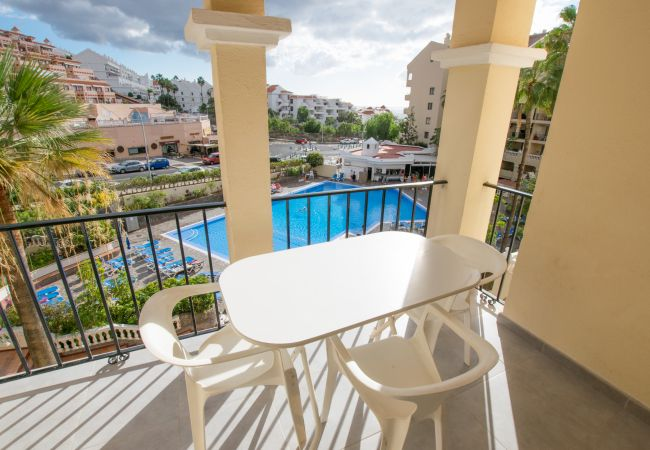 Apartment with Heated Pool in Los Cristianos