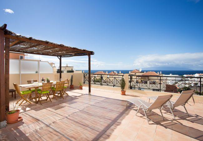 Appartement de vacances Penthouse Sunset with Pool and free Wifi (2367536), Callao Salvaje, Ténérife, Iles Canaries, Espagne, image 2