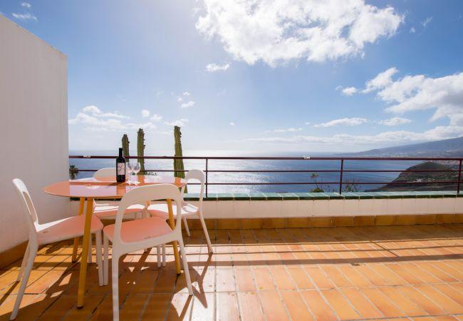 El Rosario, Breathtaking Ocean Views + Parking/ Dishwasher