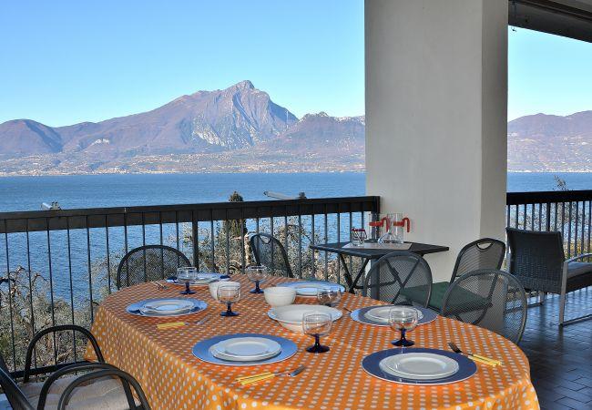 Villa Retrò alle Rossone With Lake View   Torri del Benaco
